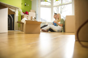 Convenience v. Commitment: The Benefits of Apartment Rental